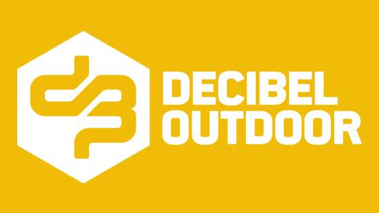 Bus naar Decibel outdoor festival